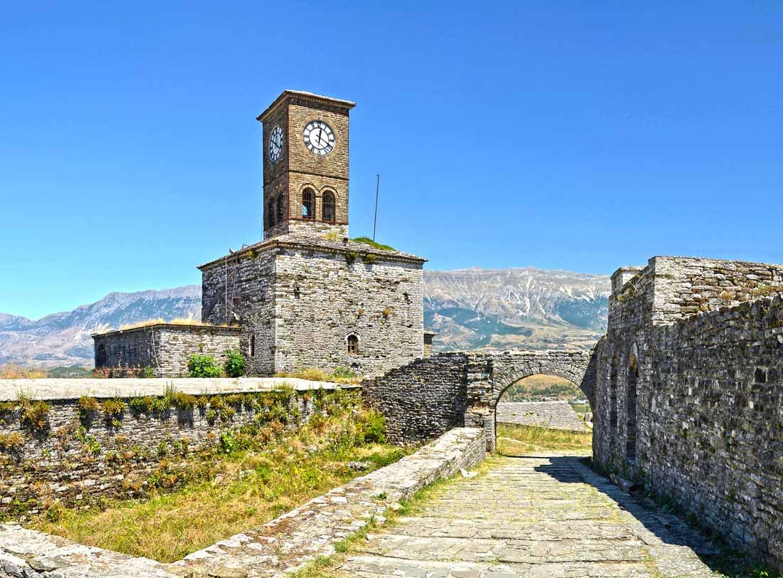 Interior del Castillo de Gjirokastra