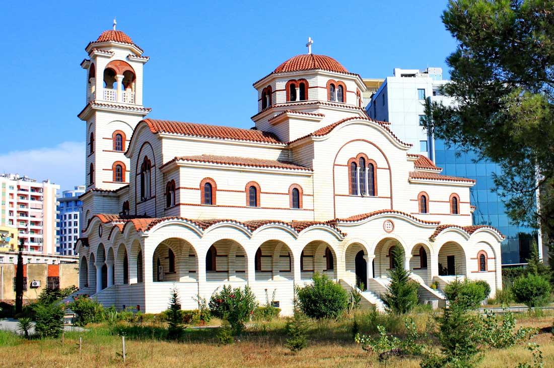 Catedral Ortodoxa de San Paul y San Asti de Durres