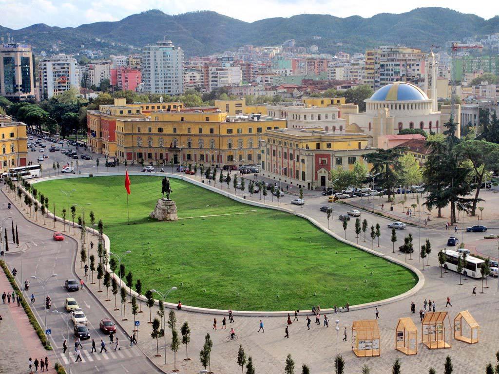 Plaza Skanderbeg en Tirana